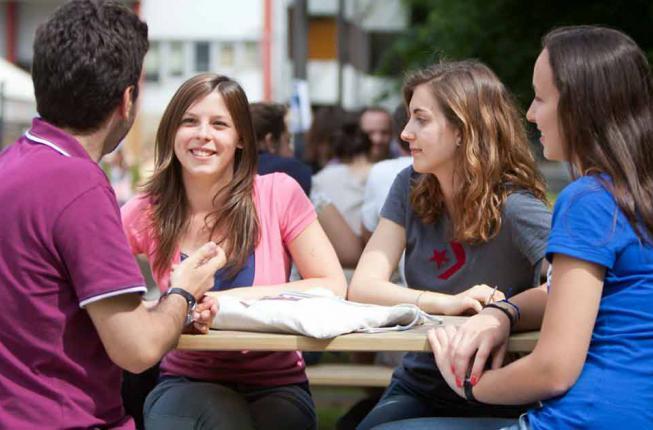 Collegamento a Avvisi di selezione tutor a.a. 2021-2022